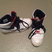 Nike Turnschuh Gr 44