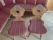 Eckbank mit 2 Stühlen
