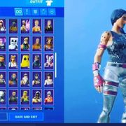 Fort nite Account 100 Skins