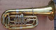 4 4 B - Tuba Cerveny