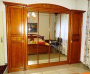 Hochwertiges Biedermeier Schlafzimmer in sehr