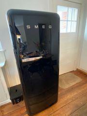 SMEG Retro Design - Schöner Kühlschrank