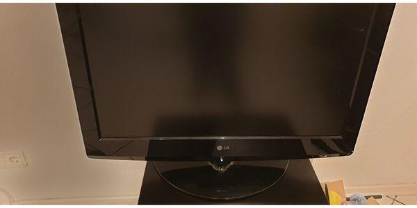 Einwandfrei funktionierender LG 32Zoll LCD-Fernseher