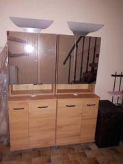 Badezimmermöbel mit Hängeschrank Spiegel und