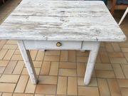 Zu verschenken Weißer Vintage Tisch