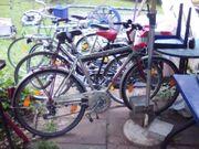 Diverse Fahrräder