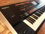 Roland Jupiter 80 V2 Synthesizer