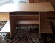 Schreibtisch PC Tisch zu verschenken