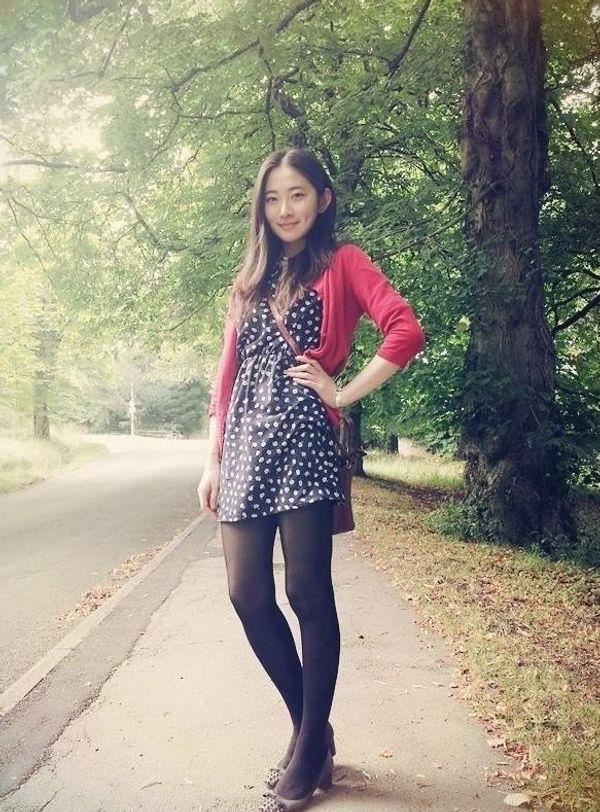 Hübsche liebevolle Asiatinnen in Deutschland
