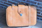 Reisekoffer aus Leder handgearbeitet