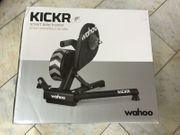 Wahoo KICKR Smart Trainer - neuverschlossene
