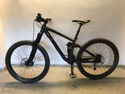 Trek Remedy 7 black 2017