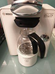 Bosch Tassimo Kaffeemaschine mit viel
