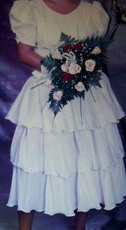 Brautkleid mit Zubehör