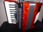 Akkordeon 48 Bässe mit Koffer