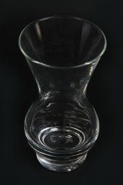 Kleine Blumenvase Glasvase bauchig lieblich