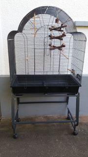 Vogelvoliere auf Rollen