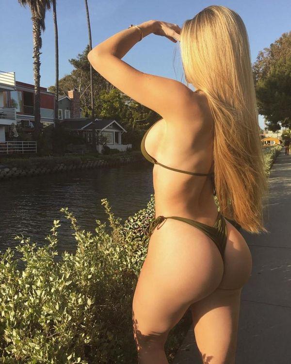 Lux escort Katya