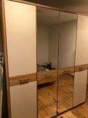 Kleiderschrank Teilmassiv 4-türig Spiegel