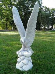Adler Beton-Steinfiguren NEU aus unseren