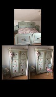 Verkaufe Schlafzimmer aus dem Jahre