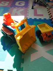 Fahrzeuge für Sandkasten