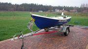 GFK-Ruderboot mit Elektromotor und Trailer