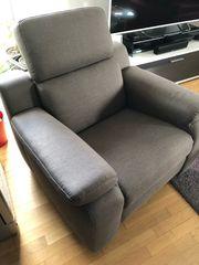 hochwertiger Sessel Kopfteil verstellbar