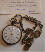 Taschenuhr mit Kompass - Sammlerstück von