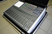 Livemischpult Soundcraft SI Performer 2