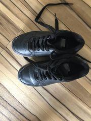 Schuhe mit Led leuchten