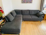 Couch inklusive Ottoman