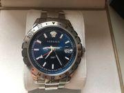 Versace Herren Analog GMT Uhr