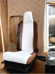 Sitze nach Maß - Autositze- Motorradsitze- Oldtimer-