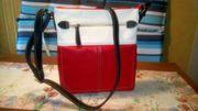 Schulter- Tasche viereckig rot-weiß