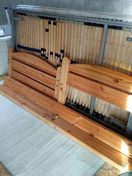 Holzbett 200x100 cm mit Rost: Kleinanzeigen aus Kerzenheim - Rubrik Betten
