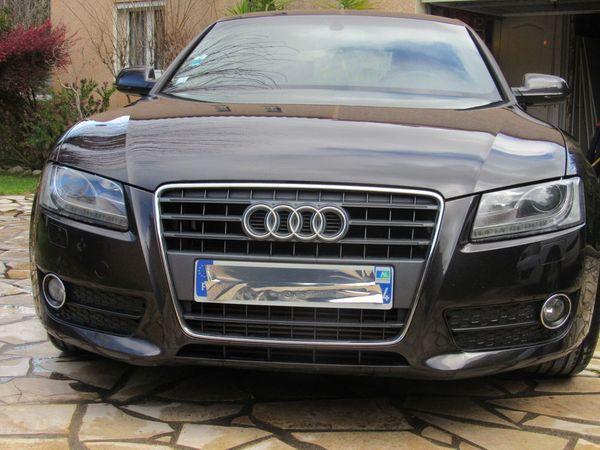 Voiture Audi A5 en parfait