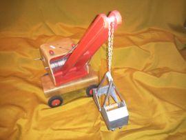 Holzspielzeug - Bagger