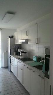 IKEA-Küche mit E-Geräten