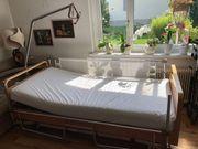 Krankenpflegebett elektrisch verstellbar