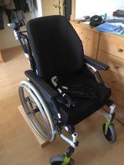 Leichtgewicht Rollstuhl INVACARE