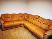 Ledercouch mit Sessel in Top