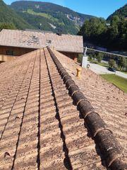 Ziegel Dach auf Paletten mit