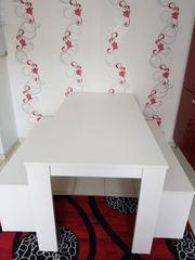 Sitzgarnitur in Farbe weiß