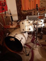 Drum DW Collector