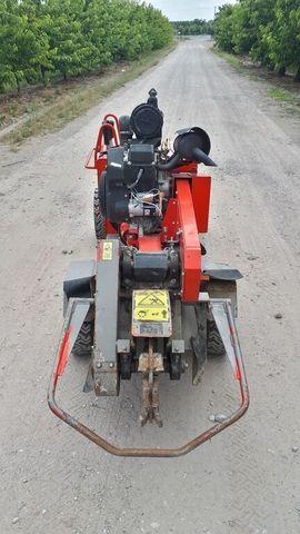 VERMEER SC252 Baumstumpffräse: Kleinanzeigen aus Hamburg Lohbrügge - Rubrik Sonstige Nutzfahrzeuge