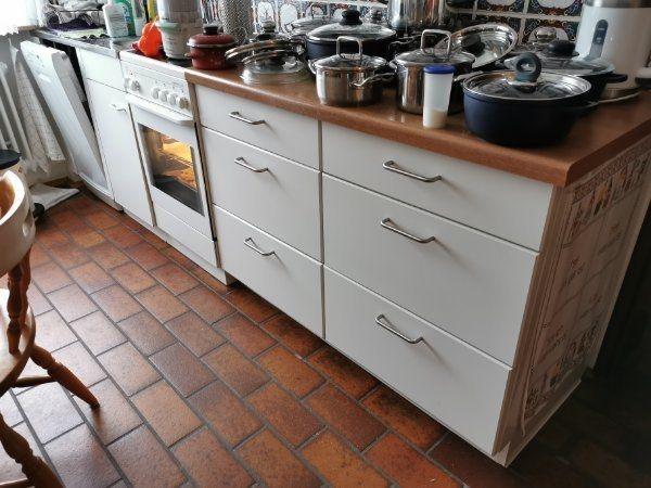 Küche Küchenschränke Studentenküche AEG Herd