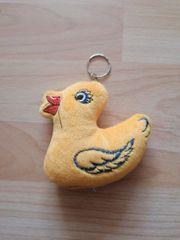 Plüsch Schlüsselanhänger Ente
