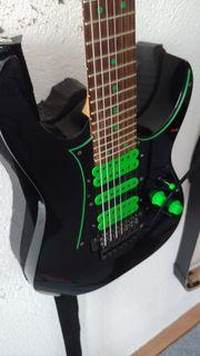 Ibanez UV70P-BK E-Gitarre Steve Vai