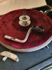 Altes Koffer- Grammophon zu verkaufen